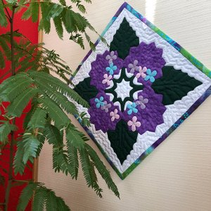 画像: 四季のタペストリー 「梅雨」・紫陽花のタペストリー